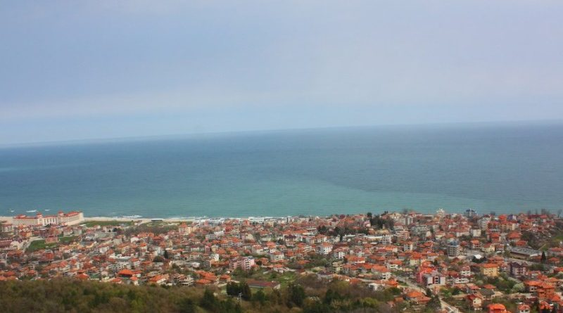 Обзор – море, планина и спокойствие